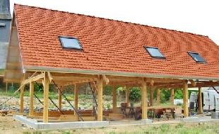 Construction de maisons en bois for Maison poteaux poutres