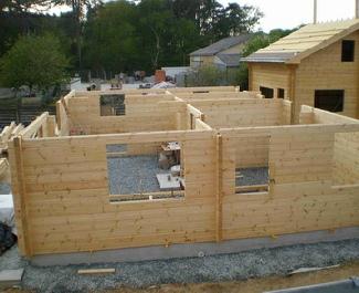 Maison bois massif for Construction en bois massif